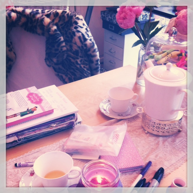 table scenes